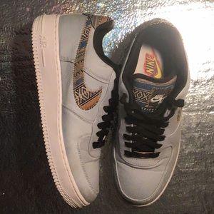 NIKE AIR AF1 Shoes - NIKE AIR AF1 REAR 718152 407 Air Force 1